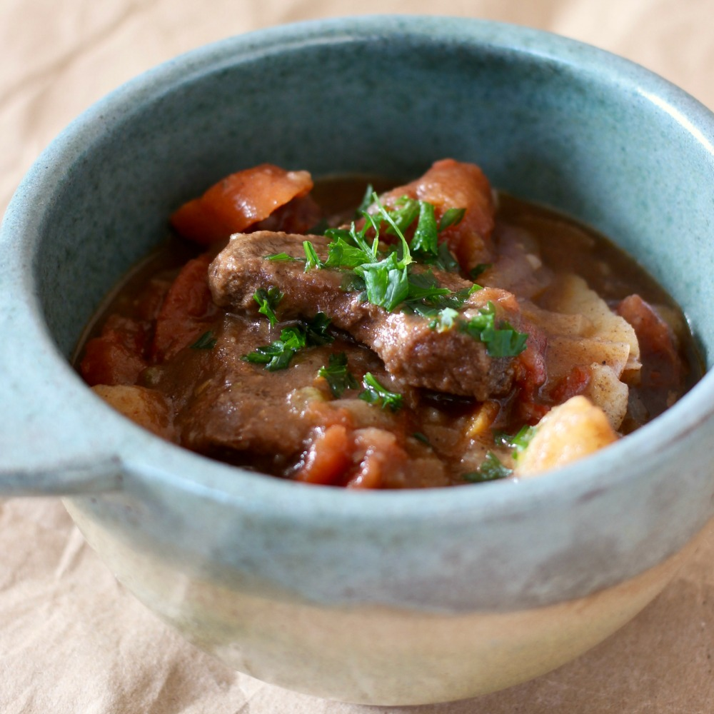 This homestyle beef stew is a easy simmer pot recipe that will fill you up and keep you warm for the winter months!