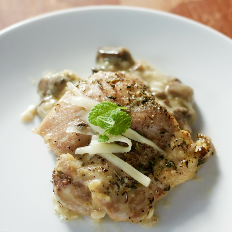 These chicken thighs are made in one pan along with its own delicious cheesy sauce, too!