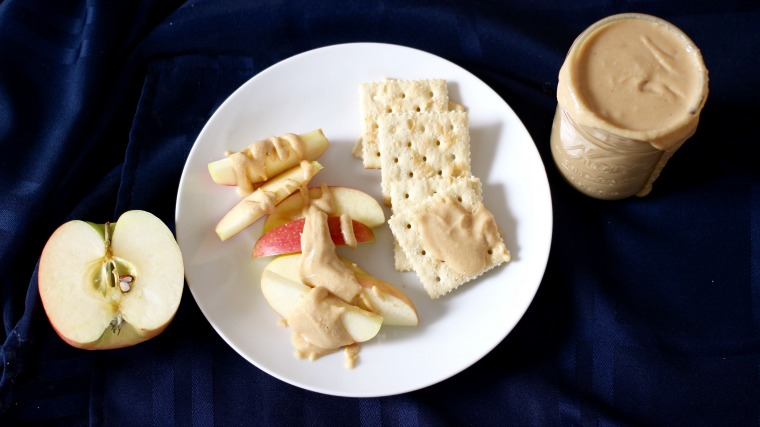 This is an easy way to make creamy homemade peanut butter with no added sugars or processed ingredients!