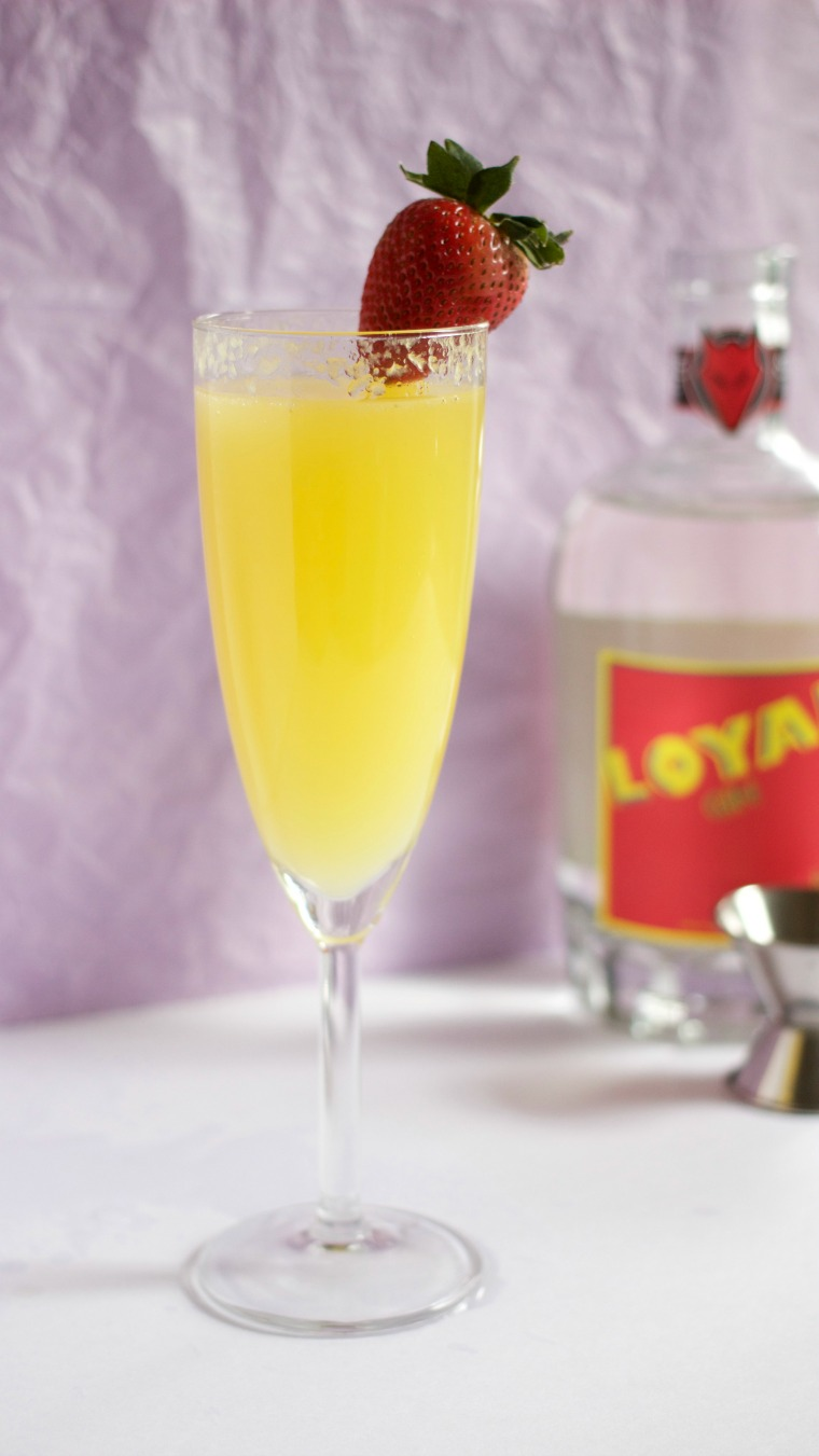 Even if you forgot to get champagne, here's an easy way to get your brunch on with a mimosa made with gin. I give you: The Gin-Mosa.